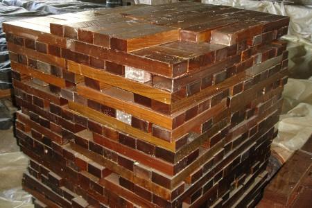8-Lignum-Vitae-clear-bearing-grade-blocks